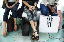Siūloma taikyti PVM lengvatas moterų perkamoms prekėms