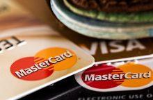 Trečdalis Lietuvoje naudojamų mokėjimo kortelių – bekontaktės
