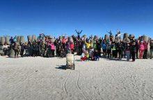 Šimtas klaipėdiečių leidosi į žygį Smiltynėje