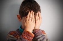 Riebiais keiksmažodžiais neįgalų vaiką plūdo mokytojos padėjėja