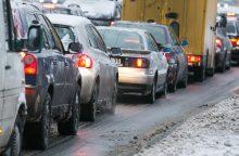 Automobilio prietaisų skydelio išdaigos žiemą: kalti nešvarumai ir druskos