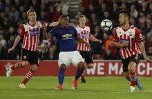 """""""Manchester United"""" puolimas toliau buksuoja – neįveiktas """"Southampton"""""""