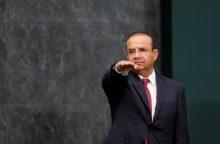 Meksikoje nukritus ministrą skraidinusiam sraigtasparniui žuvo 13 žmonių