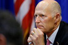 Floridos gubernatorius pateikė pasiūlymus, kaip kovoti su ginkluotu smurtu