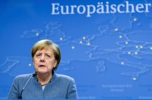 ES vadovai susitarė dėl mažesnio euro zonos biudžeto projekto
