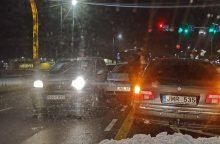 Raudondvario plente – penkių automobilių avarija
