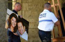 Prancūzijoje suimti trys asmenys, siejami su policijos pareigūnų nužudymu