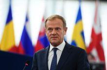 D. Tuskas pristatė ambicingą viršūnių susitikimų planą