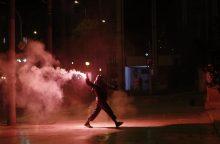 Atėnuose policija panaudojo ašarines dujas prieš demonstrantus
