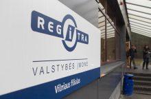 """Iš J. Pagojaus įmonės paslaugas pirkusiai """"Regitrai"""" – nurodymas dirbti skaidriai"""