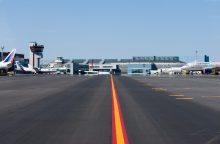 Vilniaus oro uoste avariniu būdu leisis orlaivis