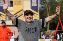 Legendinis Argentinos futbolininkas D. Maradona dirbs Baltarusijos komandoje