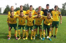 Lietuvos septyniolikmečiai futbolininkai patiesė latvius