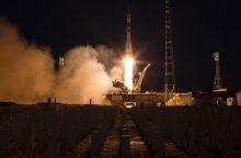 Į kosmosą iš Kazachstano stepės kyla italas, rusas ir amerikietis