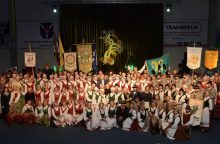 Garliavoje nugriaudėjo tarptautinis liaudies šokių festivalis