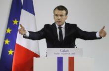 Prancūzijos prezidentas: neleisiu, kad šalyje atsirastų naujos migrantų džiunglės