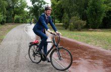 Žemė palei Nerį grįžo vilniečiams: įrengtas pėsčiųjų ir dviračių takas
