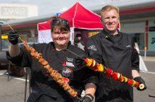 Grilio kepimo čempionai dalijasi šašlykų marinavimo receptais: apsilaižysite pirštus