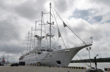 Uostamiestyje vieši prabangus kruizinis laivas