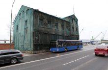 Nori nugriauti pastatą, kuris stovi gatvėje