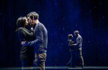"""Spektaklyje """"Spiečius"""" susitinka kvantinė mechanika ir meilė"""