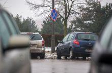 Parkavimo vietų nerandantiems vairuotojams bus dar labiau riesta