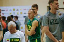 Paaiškėjo, kas palieka Lietuvos krepšinio rinktinę