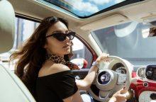 """S. Burbaitė išriedėjo nauju automobiliu: tai tikriausias """"Instagram"""" automobilis"""
