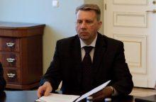D. Valys jaučiasi kompetentingesnis už Atrankos komisiją?