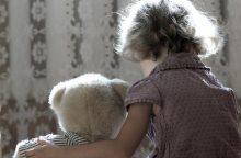 Šiauliuose iš tėvų paimta sumušta mažametė